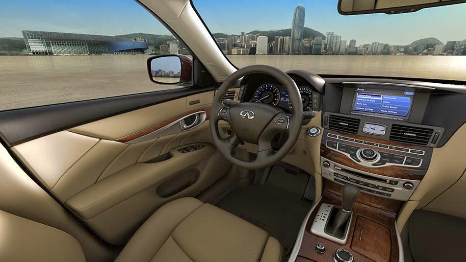 2015 Infiniti Q70 vehicle interior