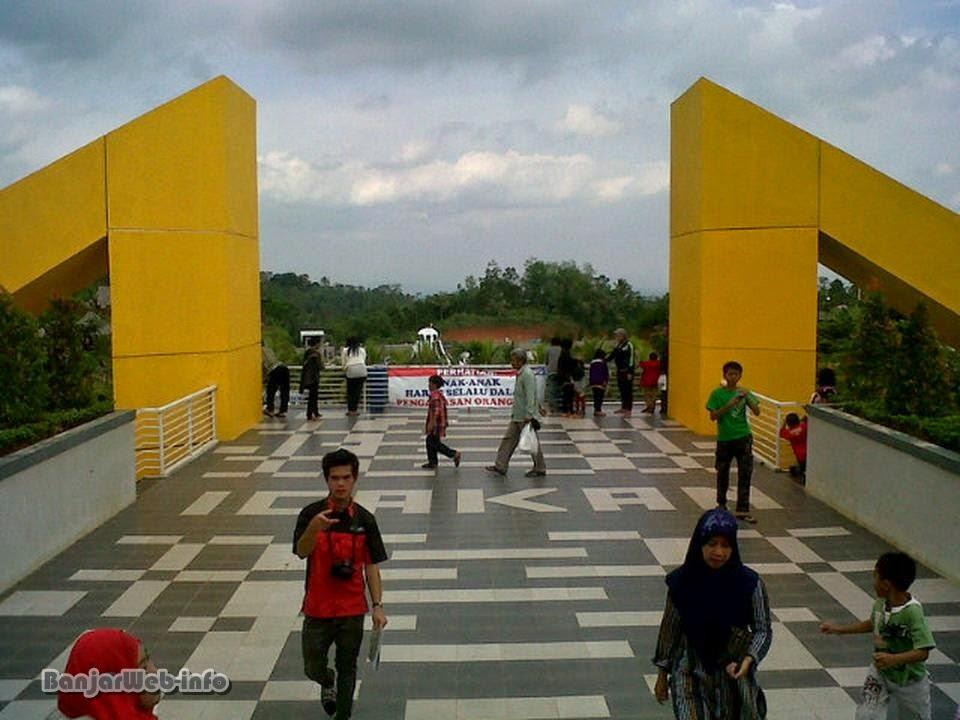 Gerbang Masuk icakan