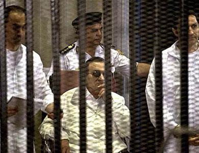 خبر عاجل  :  مفاجأة  الحكم بسجن حسني مبارك ونجليه جمال وعلاء لمدة 3 سنوات  والحكم نهائي واجب التنفيذ !