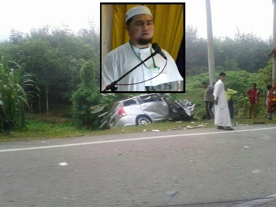 4 Gambar Ketua Pemuda PAS N9 dan ibu maut kemalangan di Kuala Krai