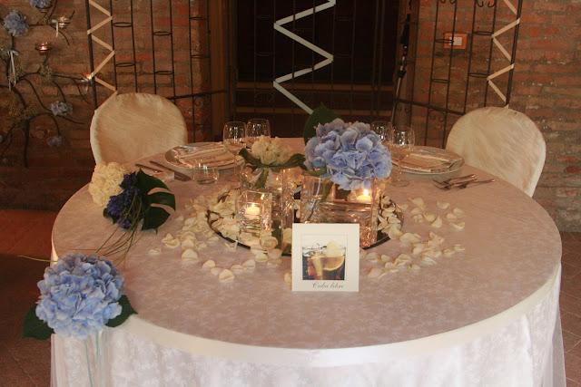 Mareventi wedding planner ravenna allestimenti floreali matrimonio bomboniere partecipazioni - Addobbo tavolo casa sposa ...