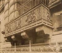 Balcon dit de Charles IX au Louvre, à Paris, photo de Atget