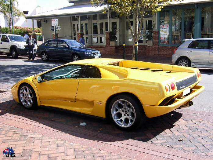 Lamborghini Diablo 2012 Car Wallpaper Gallery