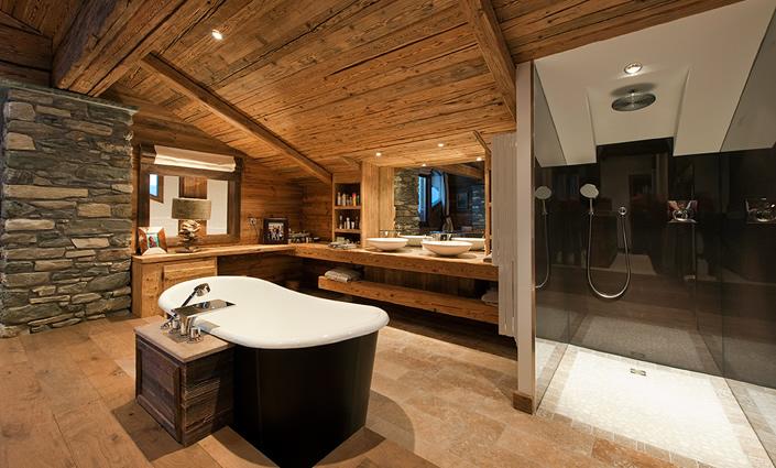 decoracion de interiores rustica moderna:de esqui in out esta vivienda rustica llamada sommet de 5 dormitorios