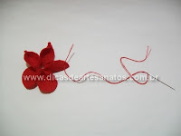 Flor de natal em feltro - bico de papagaio