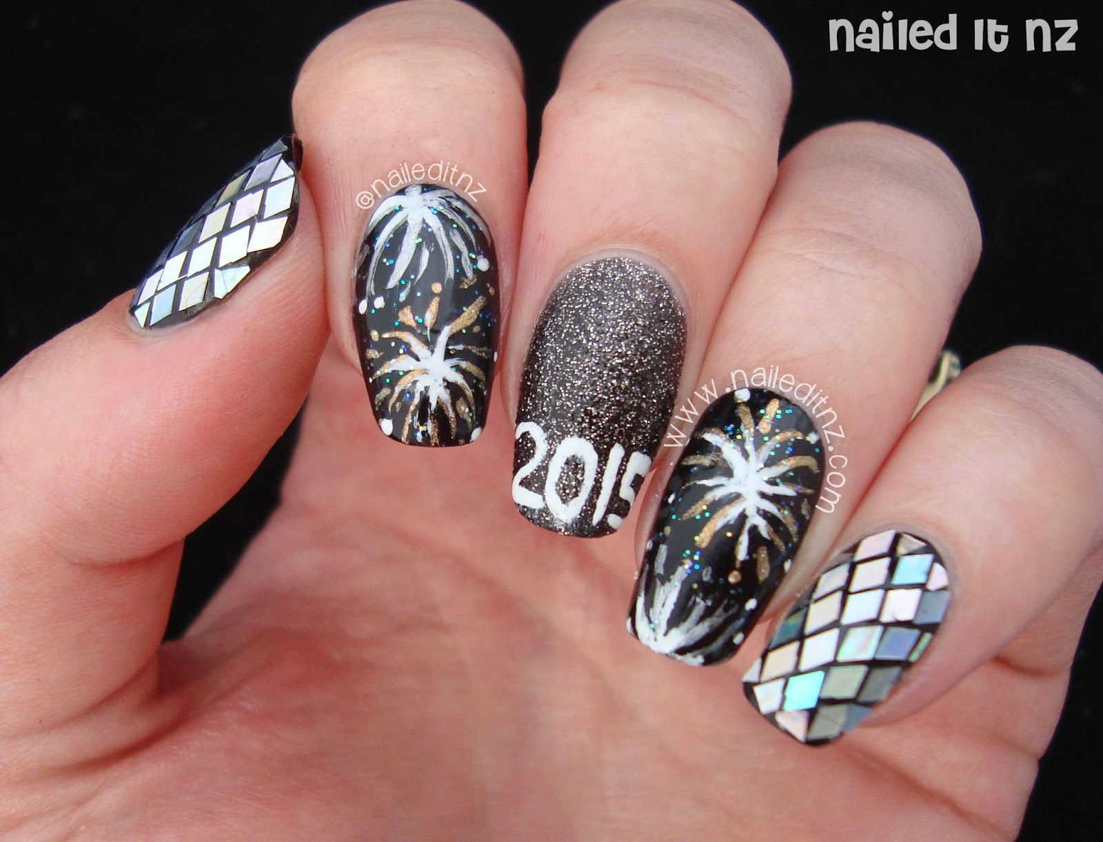 New Year\'s Nail Art 2015 | Blogging Resolutions