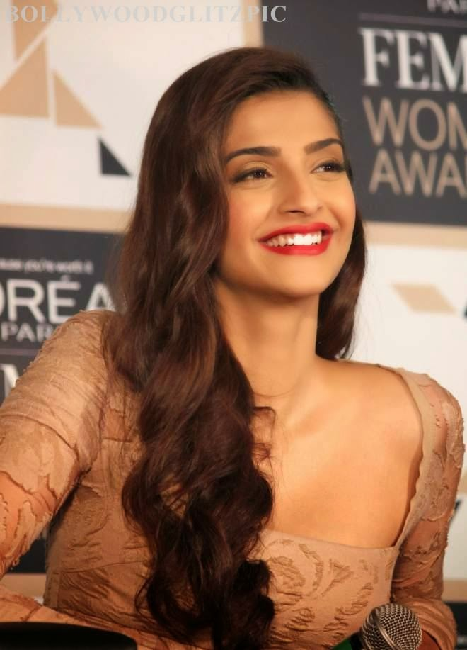 sonam kapoor cute photos