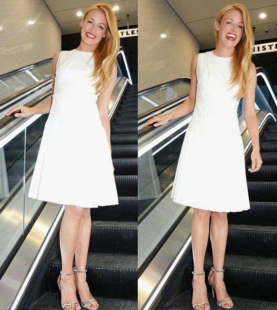 Who really knows how to work the pure color? We loved her sweet and bright frock to the Whistles spring/summer 2015 fashion show. And Cat Deeley looked flawless in a white dress as she attended the London Fashion Week at the King Cross Tunel on Saturday, September 13, 2014.