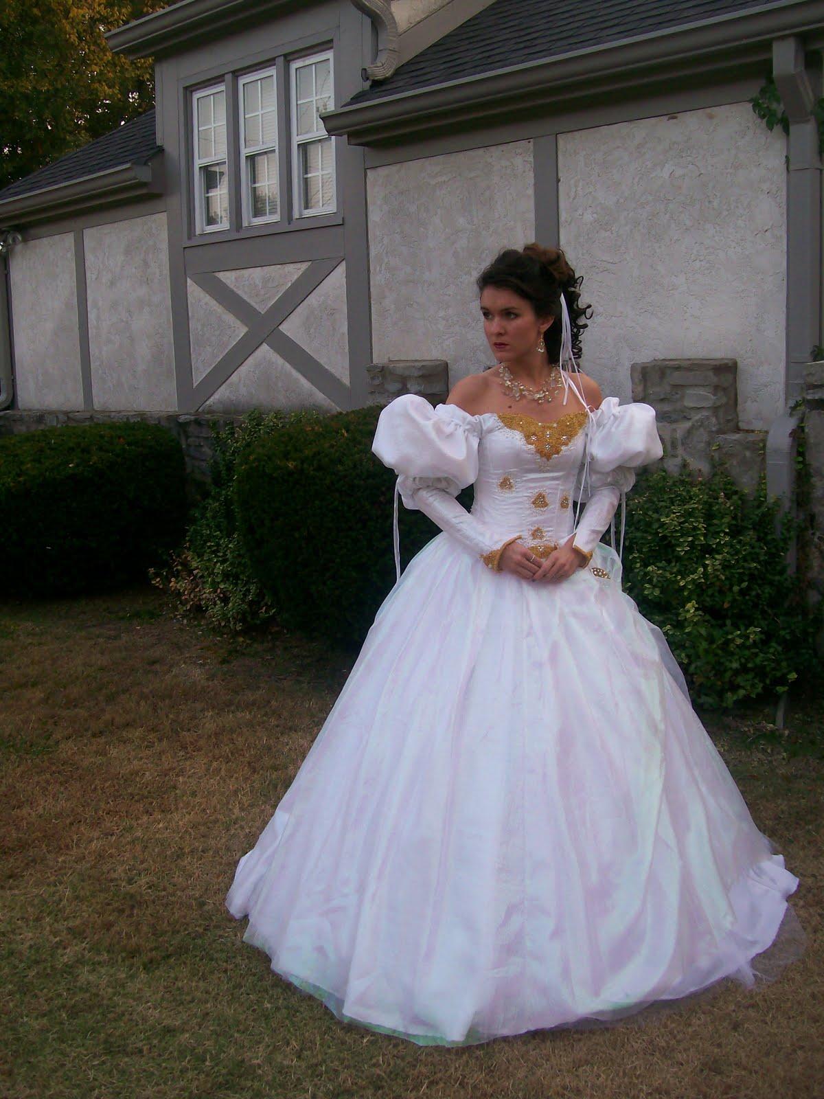 Ashlee\'s Costume Closet: \