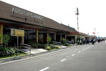 Bandara Adisutjipto Yogyakarta. ZonaAero