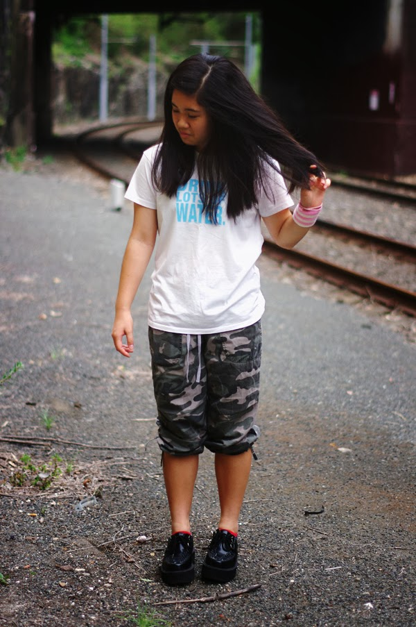 camo, cargo, pants, camo pants, camo print, nike, dri fit, dri fit tshirt, nike clothing, nike tshirt, shirt, t-shirt, creepers, tuk, tuk shoes, tuk shoewear, roni, roni armband, armband, karen, elashock, personal style, blogger, fashion, fashion blogger, personal style blogger, japanese, girl, teenager, australia, sydney, happy, new, year, happy new year, コーデ, ファッション, オーストラリア, 女子, 高校生, 洋服, ナイキ, 厚底, 厚底靴, ブログ, ファッション, ブログ, ブロガー, 女子高生