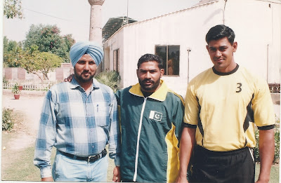 Ch. Muhammad Mansha (Center) with Indian guests