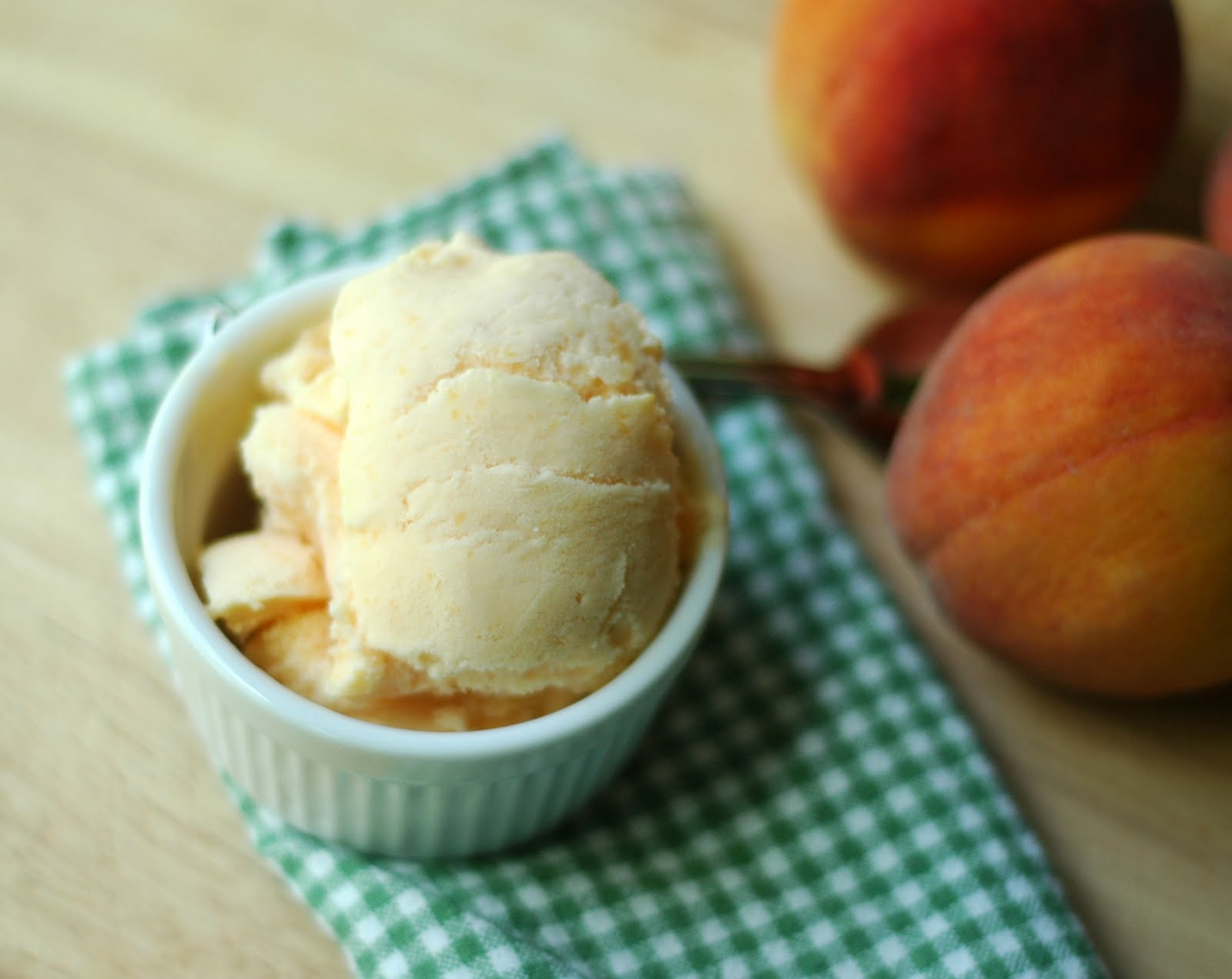 Good Thymes and Good Food: Peach Ice Cream