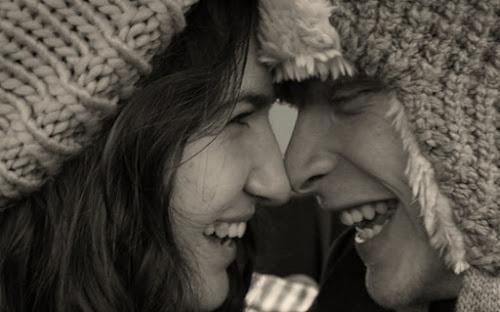 Thế nào là nụ hôn chạm mũi (hôn kiểu Eskimo)?