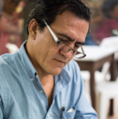 La fragilidad crítica de la poesía en México
