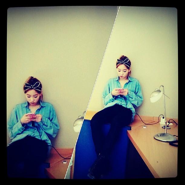 (CAP)Taeyeon pintando - Instagram  07May2013 130507taeng2