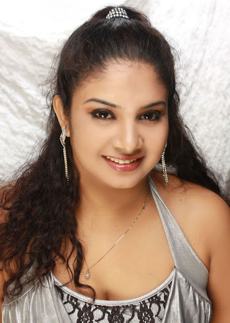 Chathurika Geethali Photos