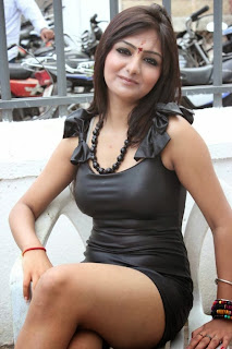 Khushi Mukherjee Hot