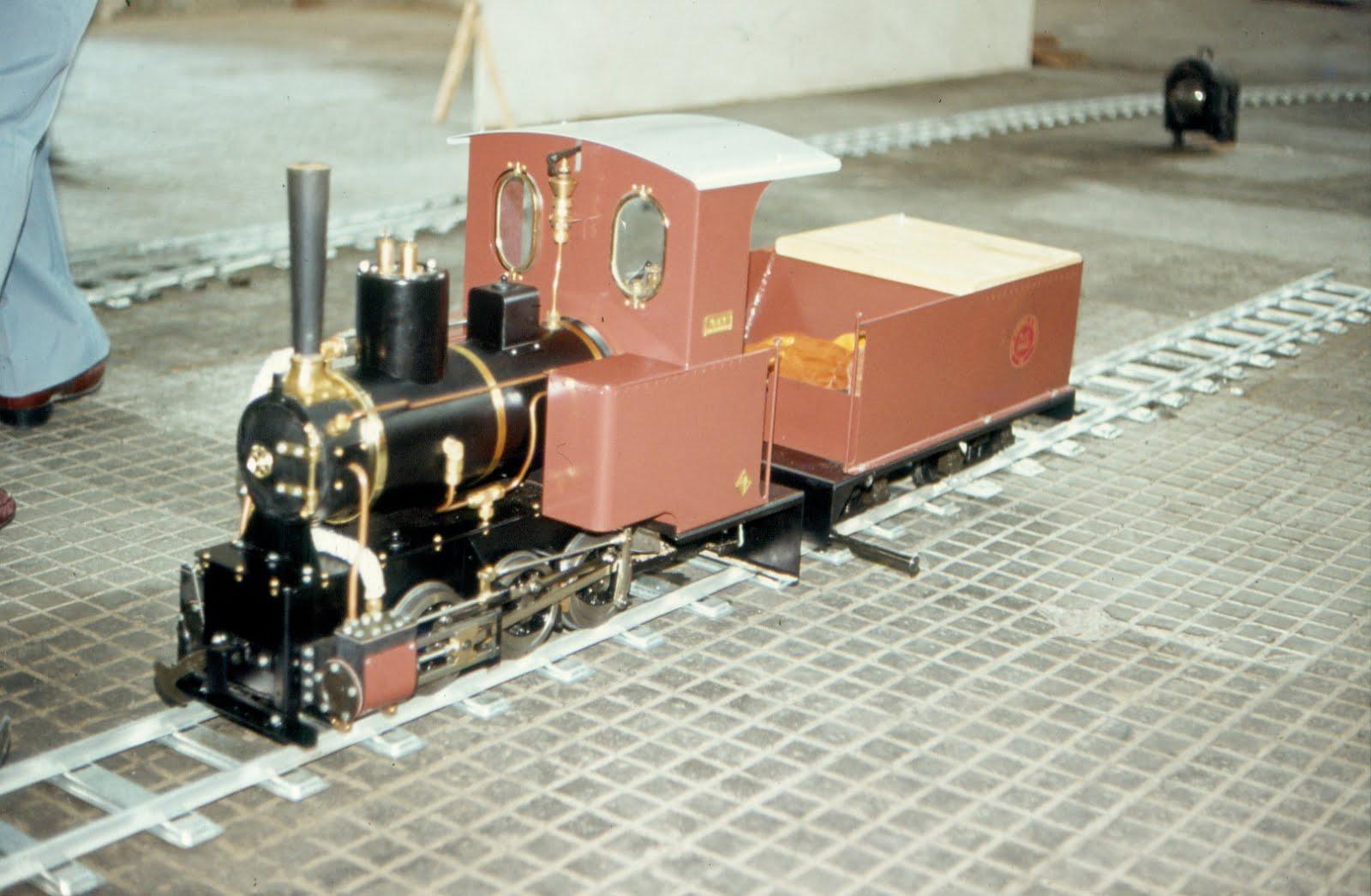 La primera locomotora de vapor del Club.