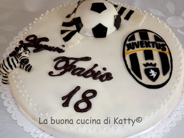 Torte Cake Design Torino : La buona cucina di Katty: Torta della Juventus per i 18 ...