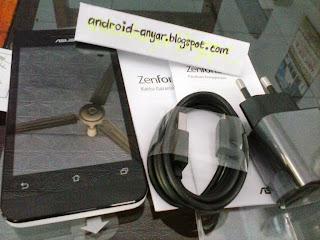 FOTO unbox Asus Zenfone 4 White