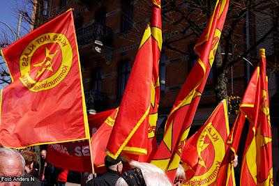 1 maj, Göteborg, första maj, demonstration, arrangemang, tal, talare, demonstrationståg, kommunisterna, kommunistiska partiet, linnegatan, järntorget, fana, fanor, flagga,flaggor