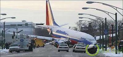 Pesawat Southwest Airlines Jatuh di Chicago, 8 Desember 2005