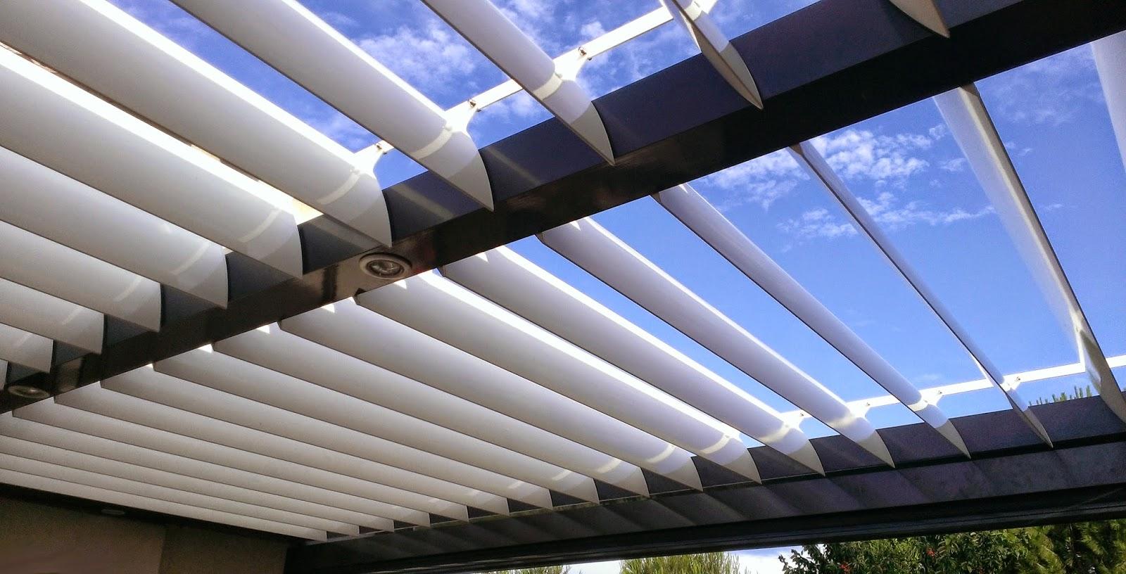 Estores y toldos p rgola bioclim tica de lamas orientables for Tipos de cortinas y estores