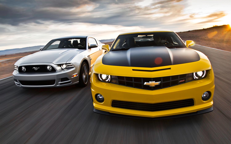 muscle car comparisons for 2013. Black Bedroom Furniture Sets. Home Design Ideas