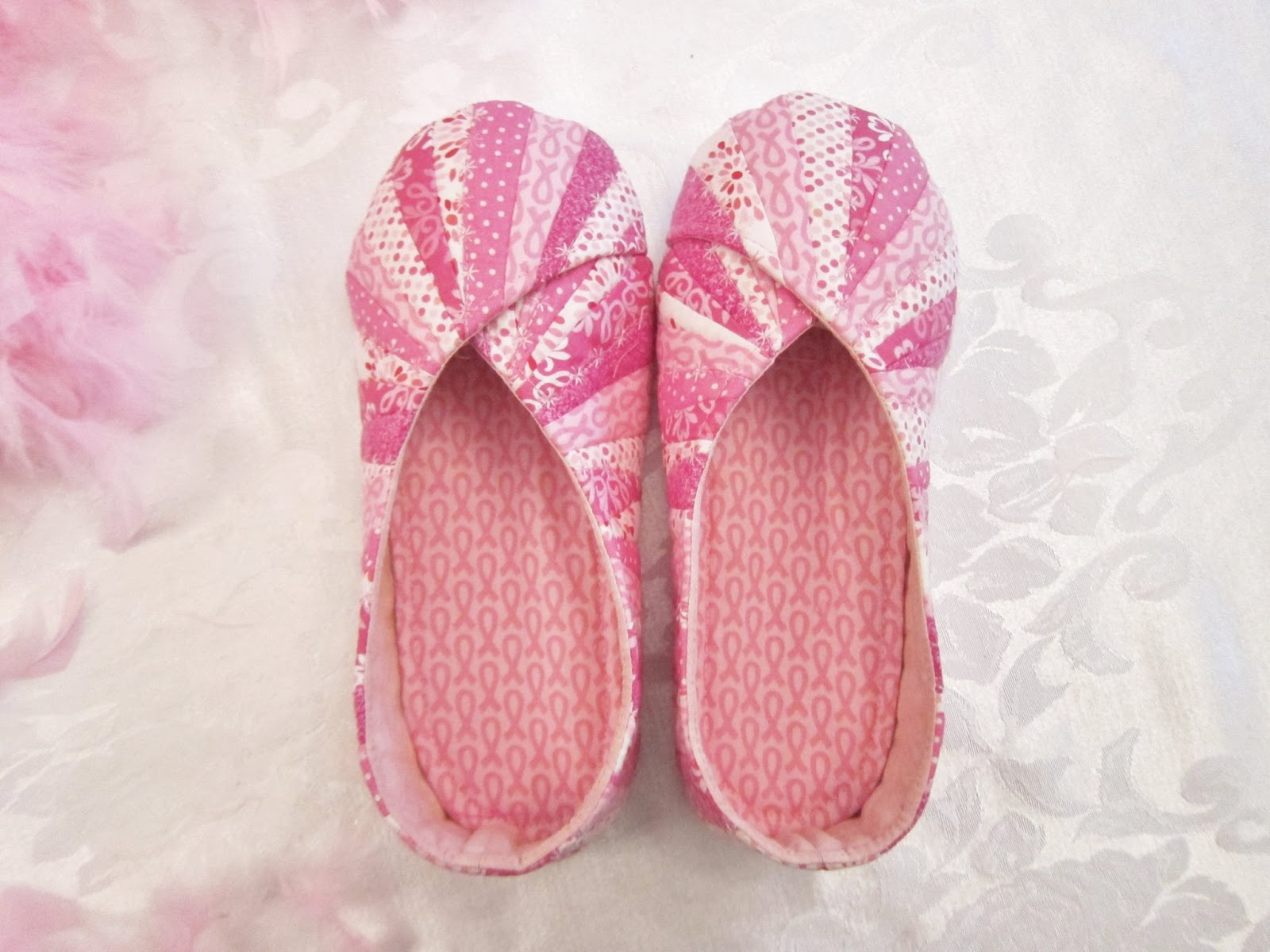 Cool Cats and Quilts: Quilted Snappy Slippers for Breast Cancer ... : quilted slippers pattern - Adamdwight.com