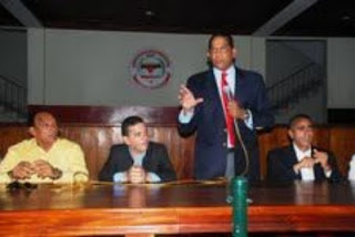 Rodríguez Pimentel acusa a Morales de llevar PRSC a ilegalidad
