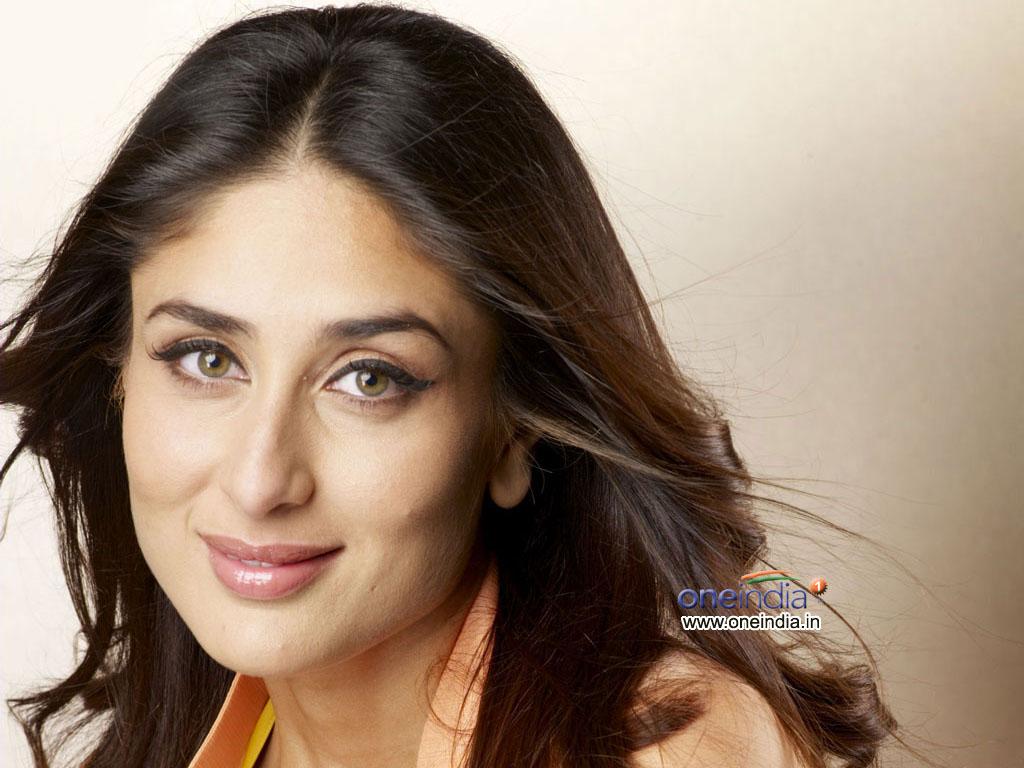 http://1.bp.blogspot.com/-w2cFe--7mAE/TuRrSW7NiUI/AAAAAAAAEF0/wM96d-2ax_Y/s1600/Kareena+Kapoor+Pics.jpg