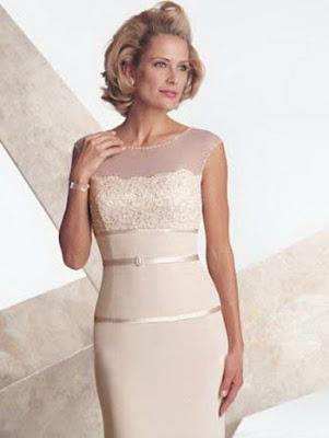 vestido para mãe da noiva claro