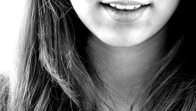 sonrisa implantes dentales