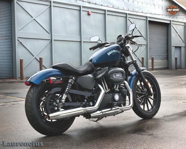 Harley-Davidson-Sportster_Iron_883_XL883