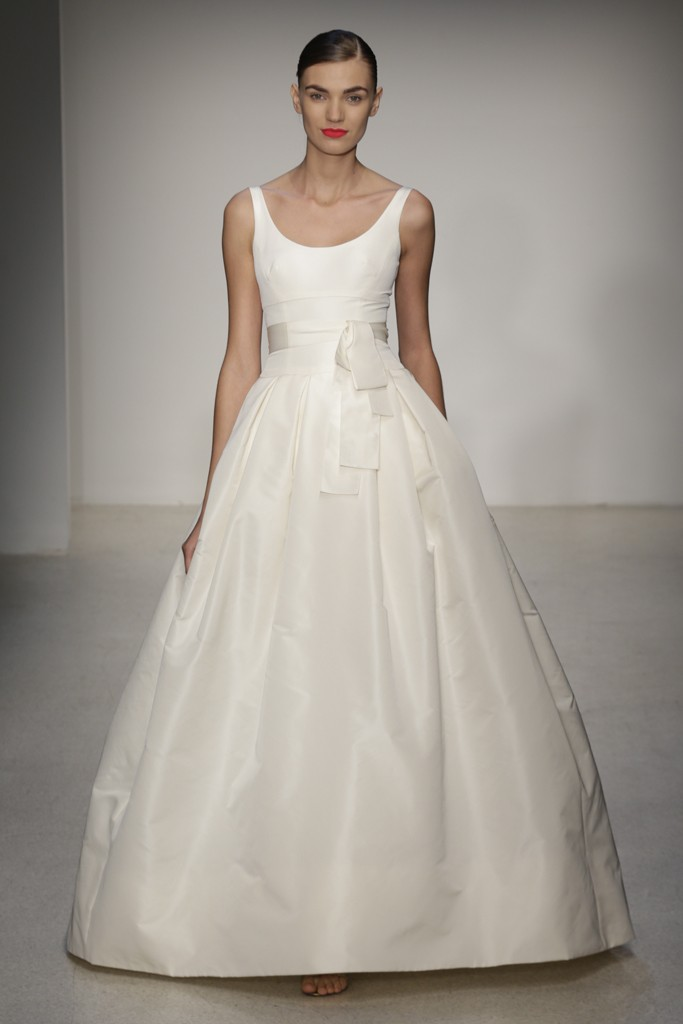 tying the knot in style the best wedding dresses for