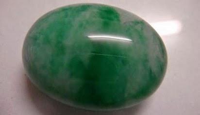 batu giok aceh,khasiat batu giok kalimantan,khasiat batu giok air,batu giok hitam,kegunaan batu giok,batu giok warna hijau,cerita khasiat batu giok,batu giok sungai dareh,