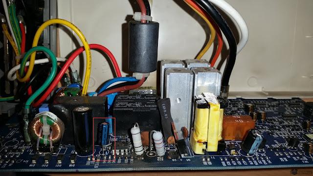 Nowy kondensator na miejscu
