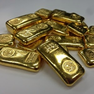 The Dow And S&P 500 Soar To Irrational Heights – Meanwhile Ultra-Wealthy Rush To Buy Gold