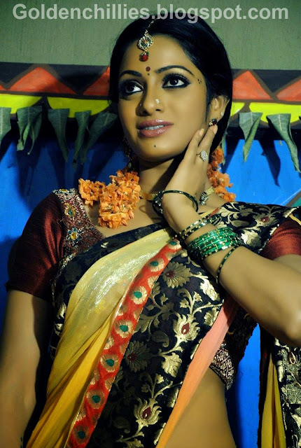 Udaya bhanu HOT unseen stills in Madhumati telugu movie