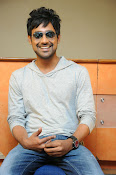 Varun Sandesh stylish photos-thumbnail-16