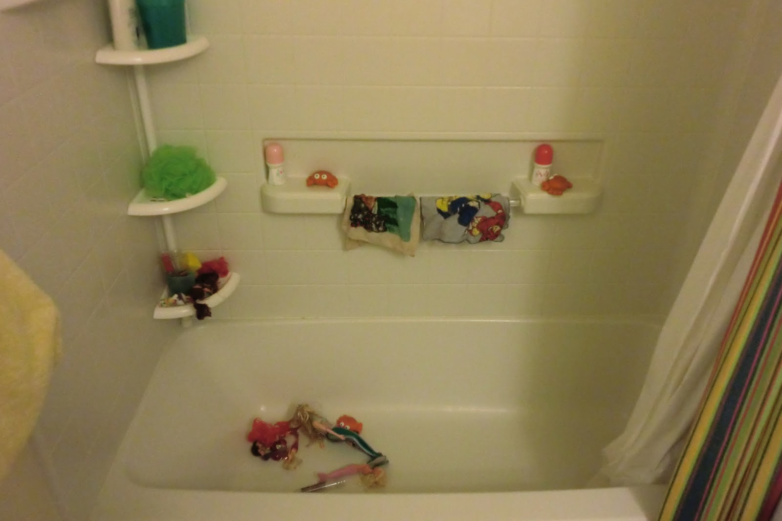 hurley\'s happy hangout: Organize the Kids\' Bathtub Toys