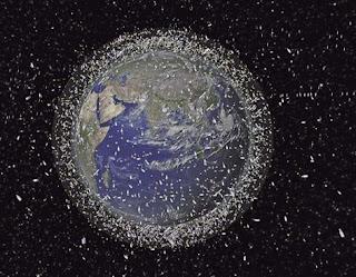 Recoja de la basura espacial