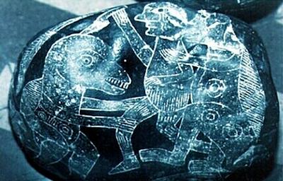 .+The+Ica+Stones 10 Penemuan Benda Prasejarah yang Masih Jadi Misteri Sejagat Raya