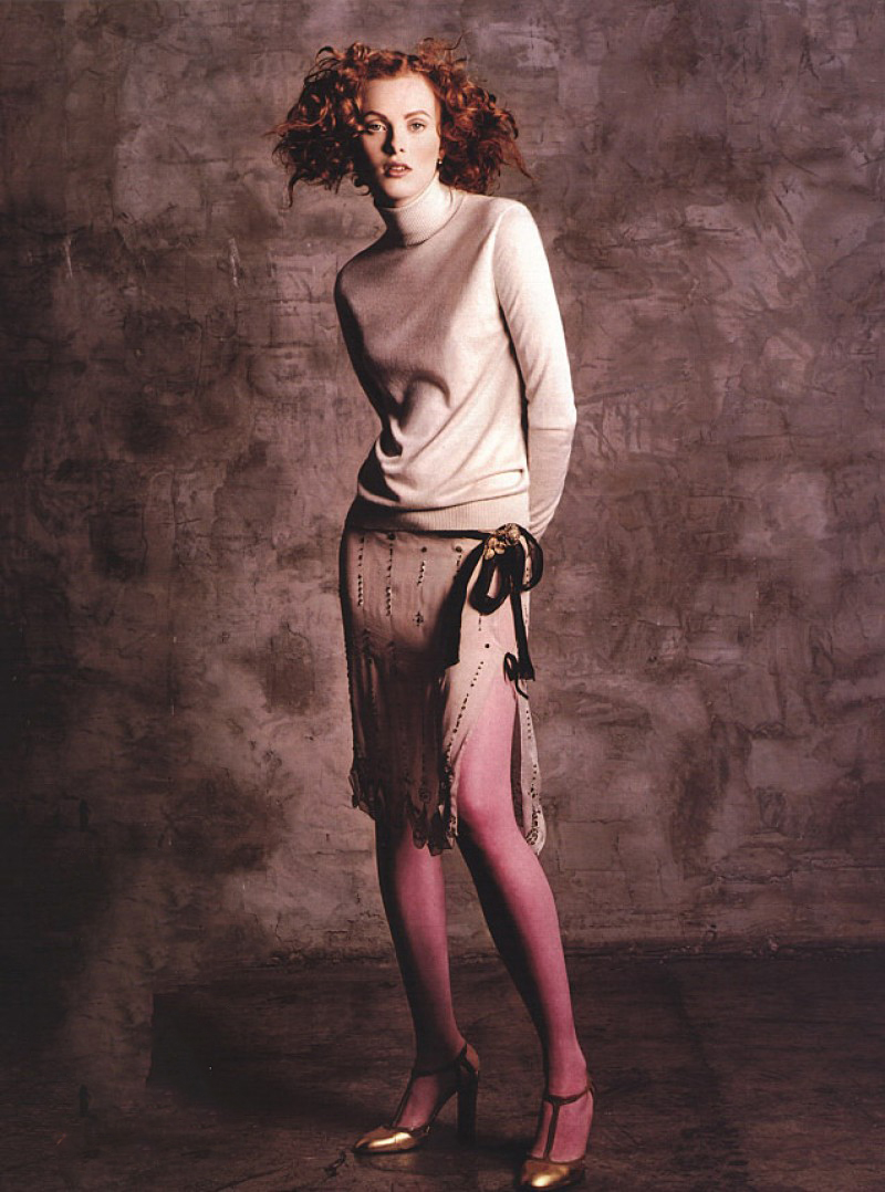 Karen Elson in Vogue US March 2000 (photography: Michael Thompson, styling: Grace Coddington) via fashioned by love