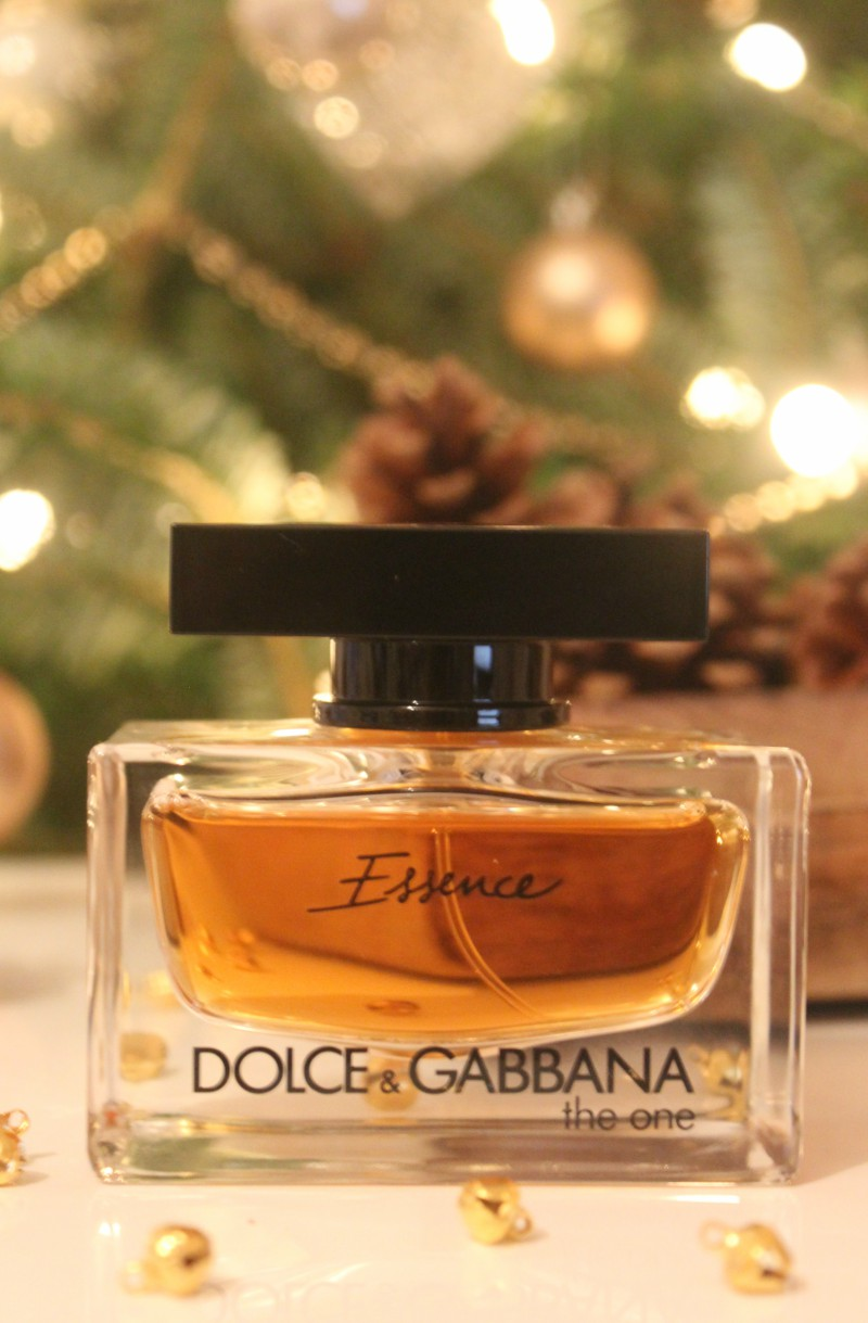 2017 05 dolce gabbana intense perfume review - Dolce Gabbana The One Essence Eau De Parfum