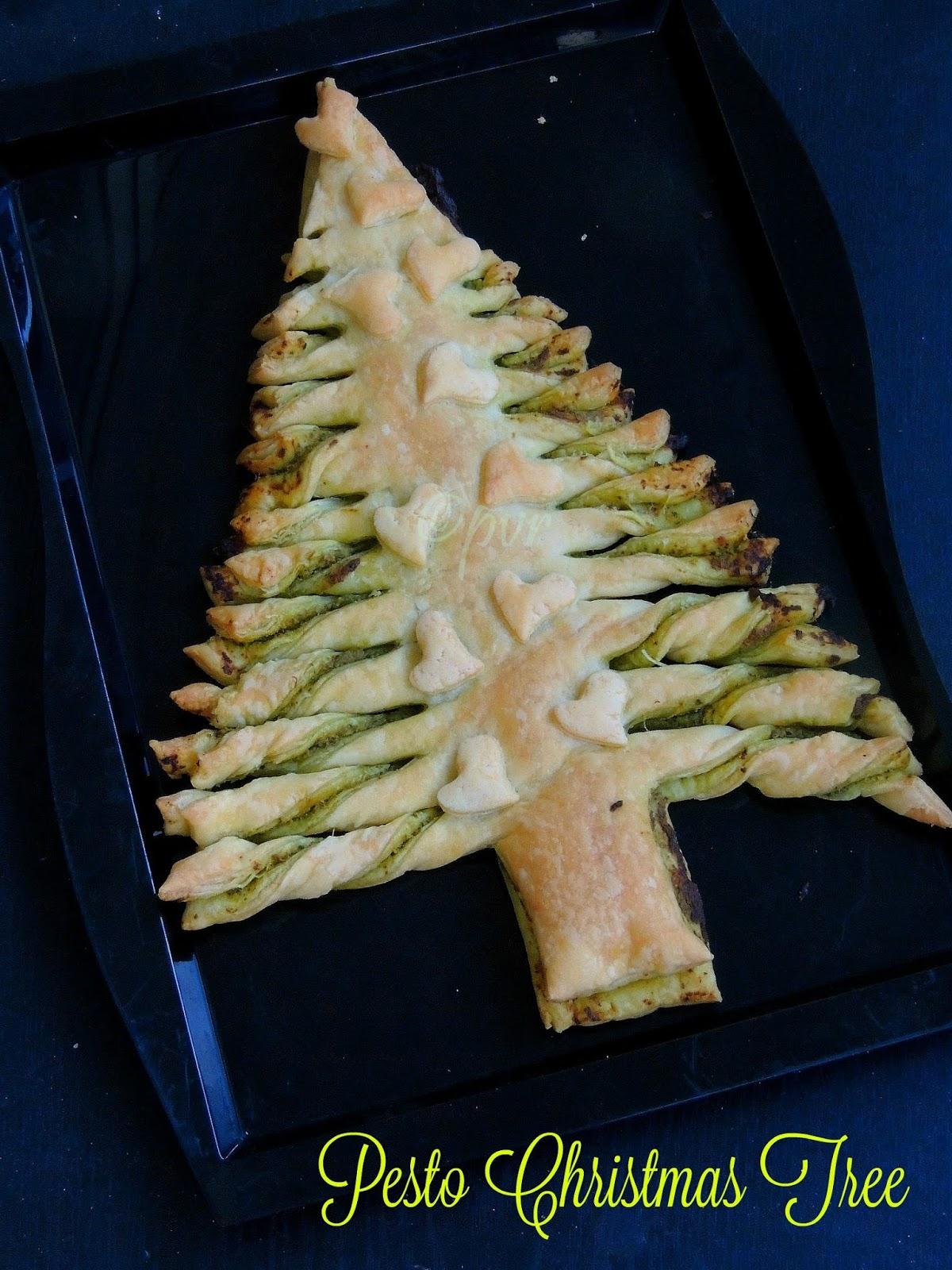 Priya's Versatile Recipes: Flaky Pesto Christmas Tree