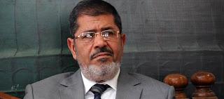 """""""الدفاع"""" تطالب مرسي بالاستقالة"""