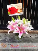 buket bunga, buket bunga lily, rangkaian bunga meja, bunga ulang tahun, bunga ucapan selamat, toko karangan bunga, toko bunga jakarta, toko bunga