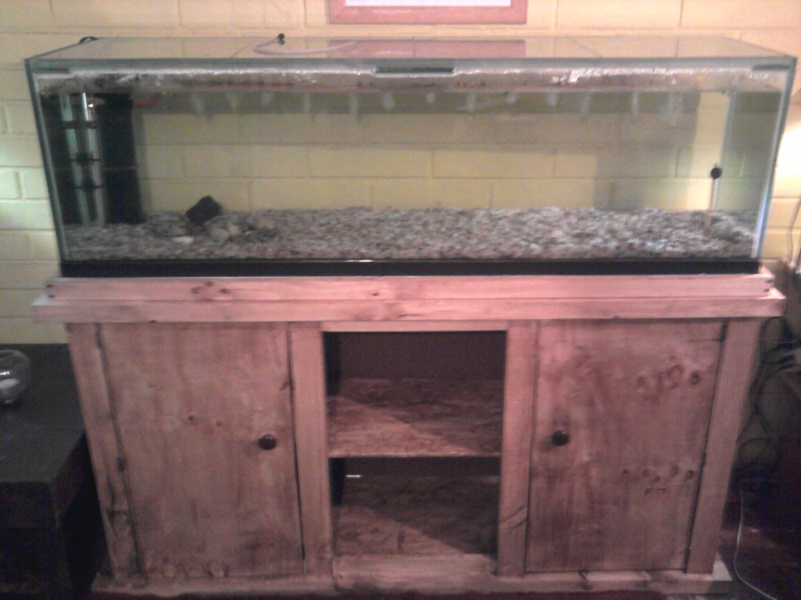 El taller del burro diy mueble para acuario proyectos for Mueble para acuario